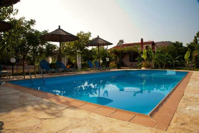 отдых в отеле или коттедже Греции