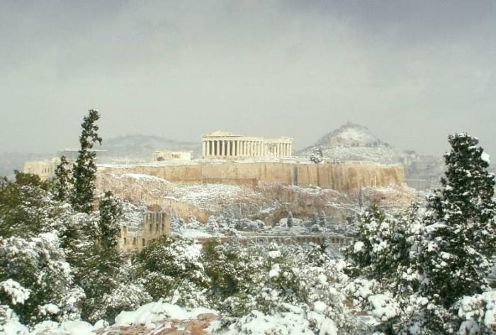отдых и погода Греции в феврале